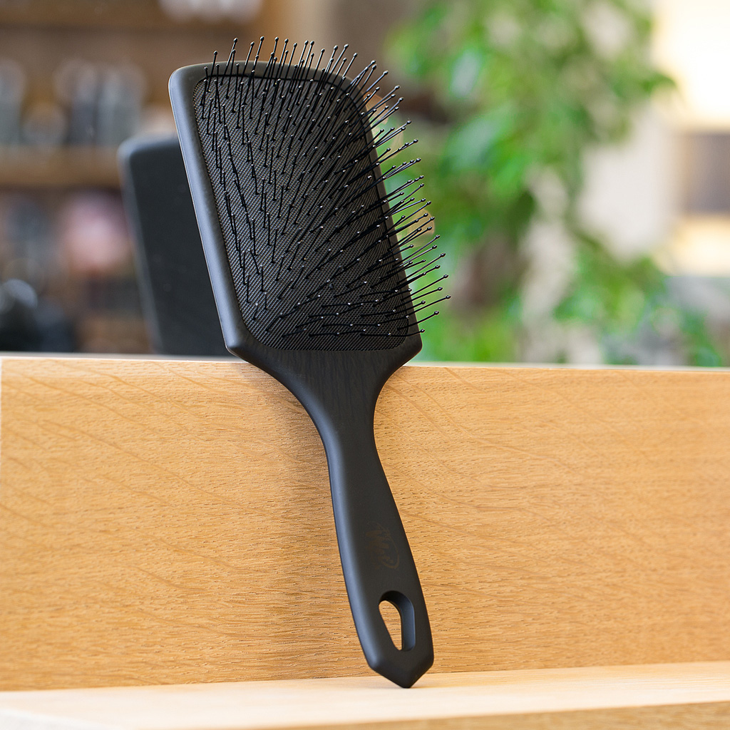 The Wet Brush Paddle Edition